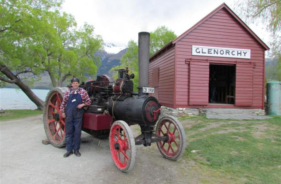 What is believed to be the first traction engine to come to Glenorchy makes an appearance at...