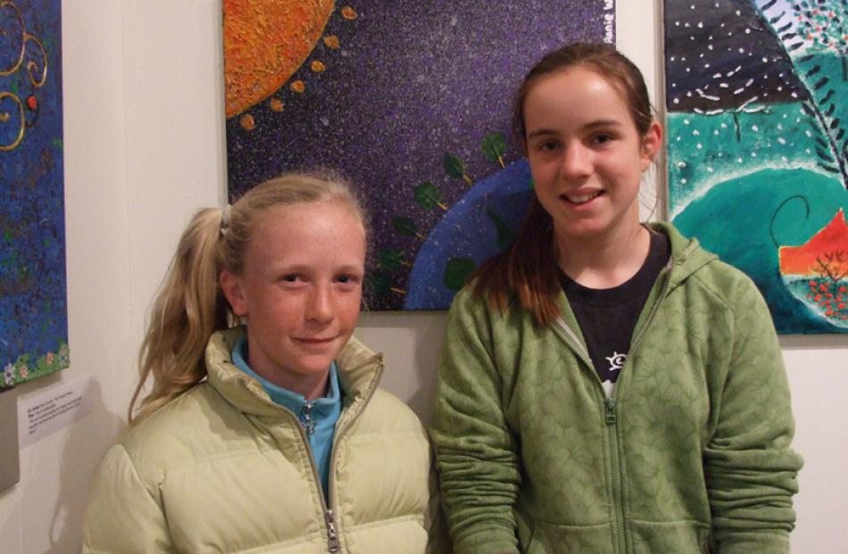 Annie Wardle (left) and Hannah Heyward (both 12), both of Alexandra.