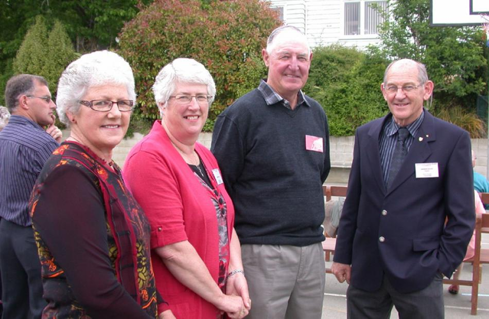 Dorothy Morton (nee Craig) of Weston, Isobel and Brian Craig of Enfield, and teacher Andrew...