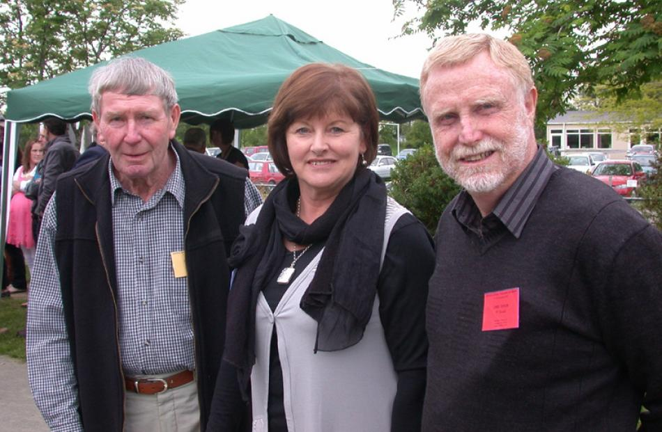 John Taylor of Blenheim, and Lynley and Chris Taylor of Invercargill.