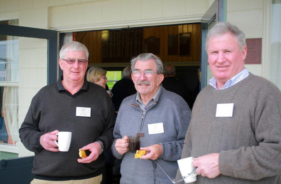 Ken Adam of Te Anau), Rob Carruthers of Taumata, and Gerard Vallely of Waipahi.