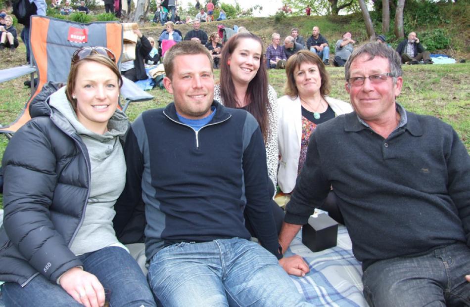Anna Cottrell and Paul Murray, both of Lawrence, Amanda Murray of Lake Hawea, and Deborah Murray...