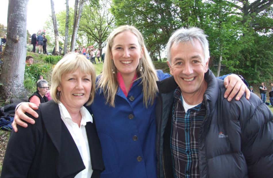 Carol Pool of Dunedin, Caroline Martin of Wellington, and Ray McDowell of Dunedin.