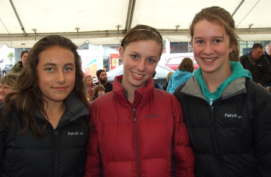 Katy Penn (13), Caitlin Ward (13), Ella Pryde (13), all of Balclutha.