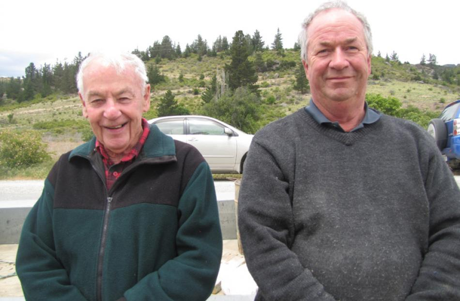 Kevin Hayes, of Cromwell and Keith Hinds, of St Bathans.