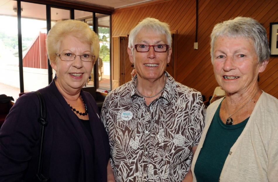 Anne Wolff, Sally Pannell and Marie Sutherland, all of Dunedin.