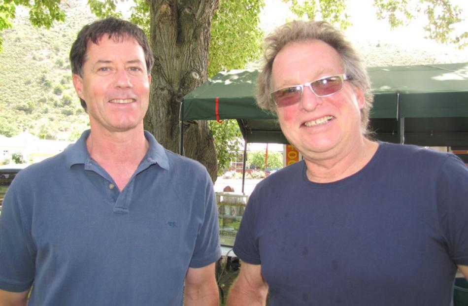 Richard Tamblyn of Coal Creek, and Lucas Denton of Roxburgh.