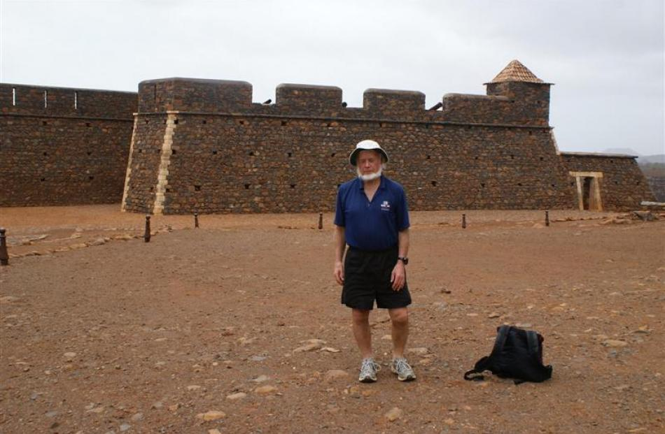 Alistair McMurran at the Portuguese fort. Photos by Emilia Wojciechowska.
