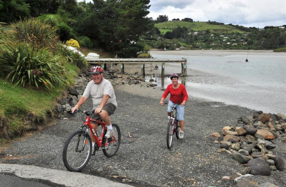 Retired couple Colin Simon (65) and wife Glenys (64), of Christchurch, visited Purakaunui on...