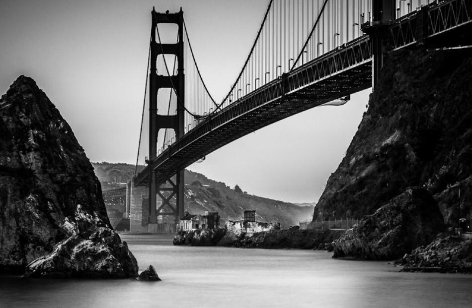 Open Prints  Honours:  Glenn Symon, Dunedin  'Golden Gate Bridge No 3'