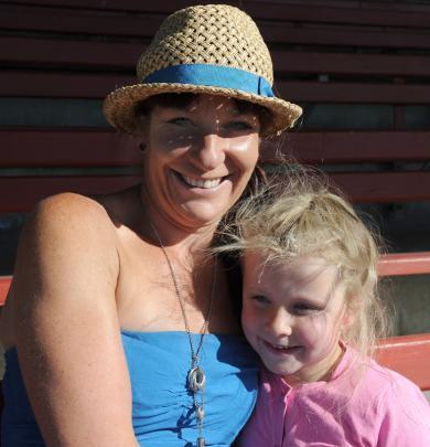 Katherine and Phoebe Woods (5), of Dunedin.