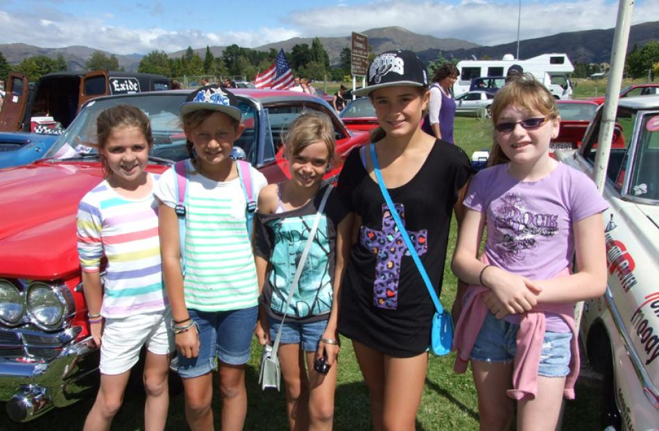 Molly Brinsdon (10), Faith Ainsley (10), Leah Ward (9), Alanah Ward (11) and Bronte Hayes (10).