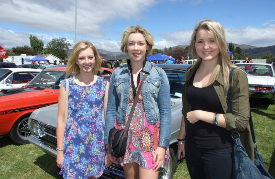 Monique Chamberlain (17), Olivia Doyle-Franklin (16) and Kimberly Ballam (17), all of Invercargill.