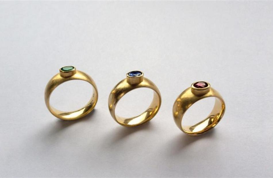 Set of three rings, 2008, 18-carat gold, emerald, saphire, ruby, Bosshard family.