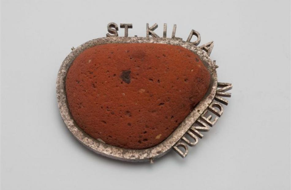 St Kilda brooch, 1991-2, stirling silver and beach-ground brick, private owner