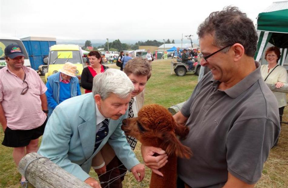 Jools and Lynda Topp, aka Ken and Ken, get up close and personal with alpaca March and its owner...