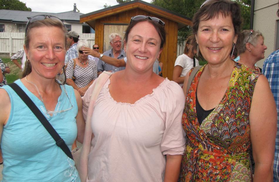 Yvonne Laukens, Jools Hall and Marg Balogh, all of Wanaka.