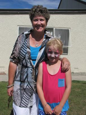 Glenda Brown of Crawford Hills, and Annabelle McKnight (8) of Poolburn.