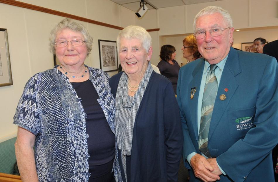 Jeanette Crosado MNZM, Jan Roche and her husband, Ian Roche QSM, all of Dunedin.
