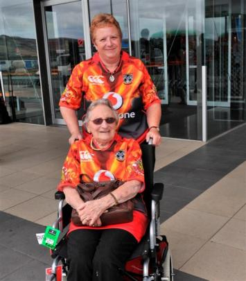 Edna Burnett and daughter Cynthia  travelled to Dunedin with the Warriors to watch the pre-season...