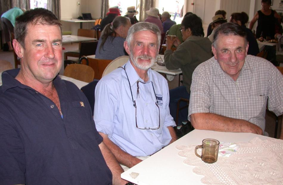 David Hunter, of Hampden, Barry Hobbs, of Herbert, and Bill McIntosh, of Oamaru.