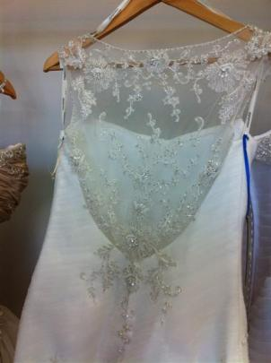 Illusion back with lace motifs attached, at Je T'aime