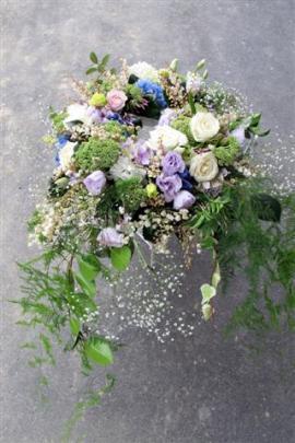 A small wedding wreath.