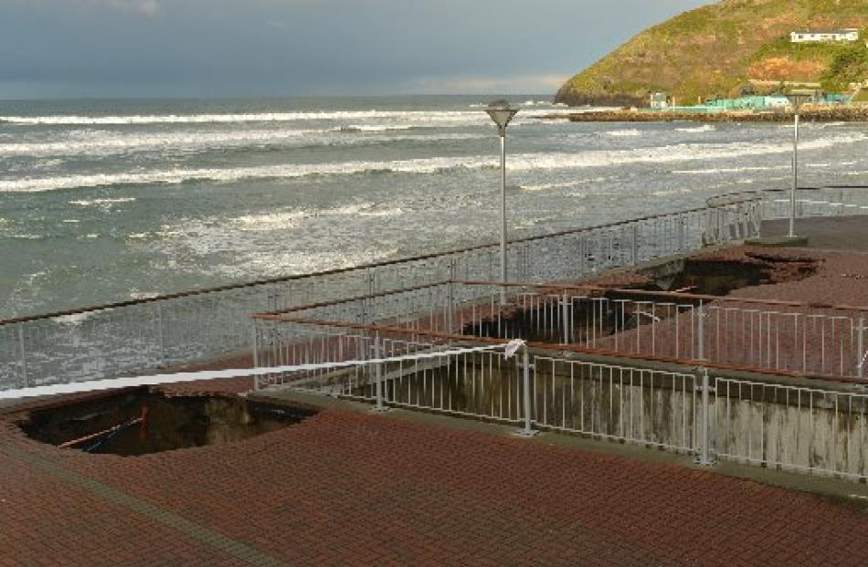 The Esplanade this morning with the new hole on the left. Photo by Stephen Jaquiery