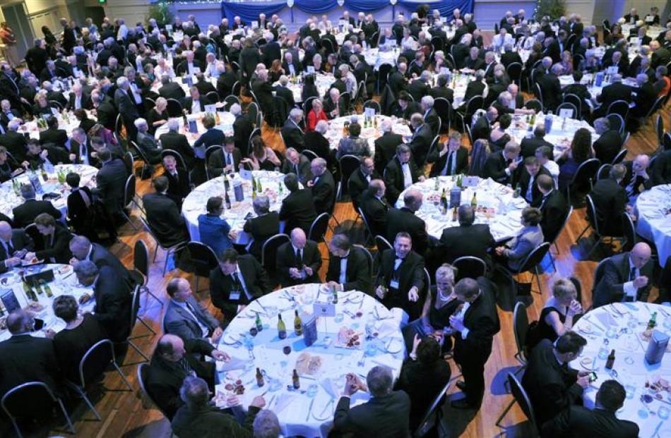 The formal reunion dinner. Photo by Craig Baxter.