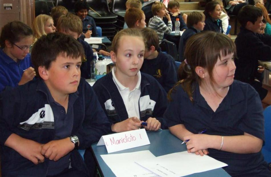 Maniototo Area School pupils (from left) Mitchell Duncan (10), Anna Clarke (11) and Paris...