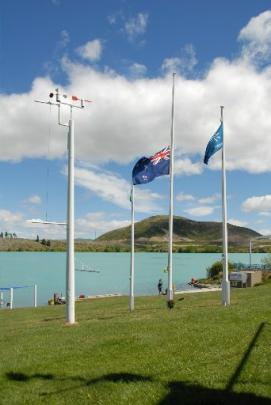 Flag at half mast to commemorate the death of Max Smith. Photo supplied.