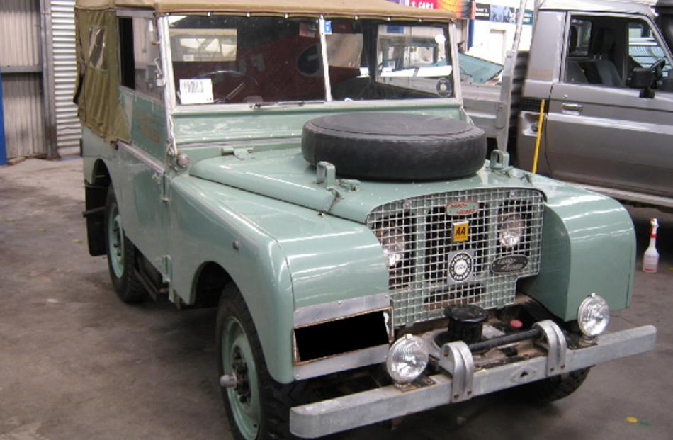 1948 Land-Rover, bought $34,487, sold for $27,500.