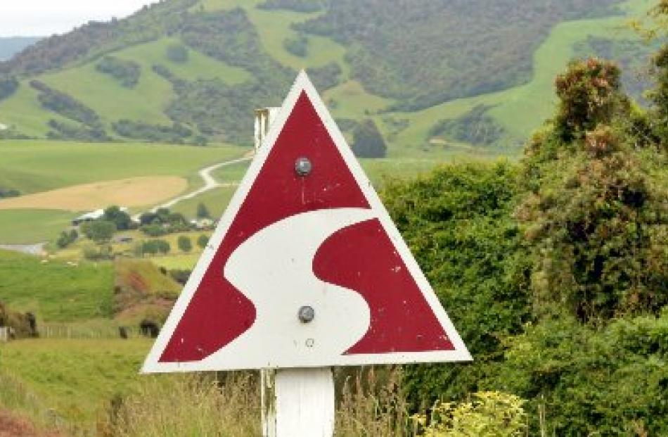 A road sign on the Southern Scenic Route.