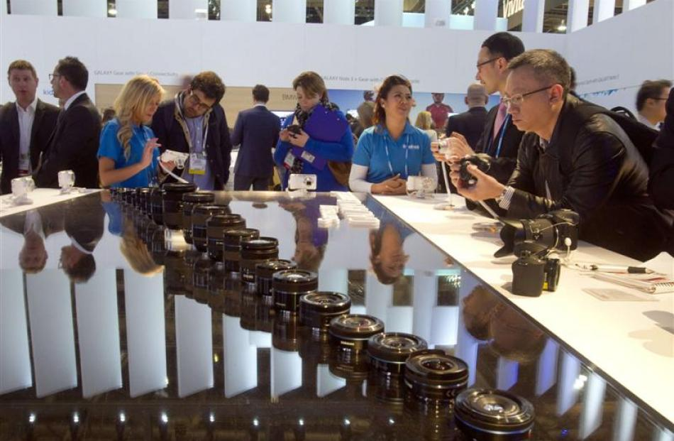 Samsung devices at the Consumer Electronics Show were popular.