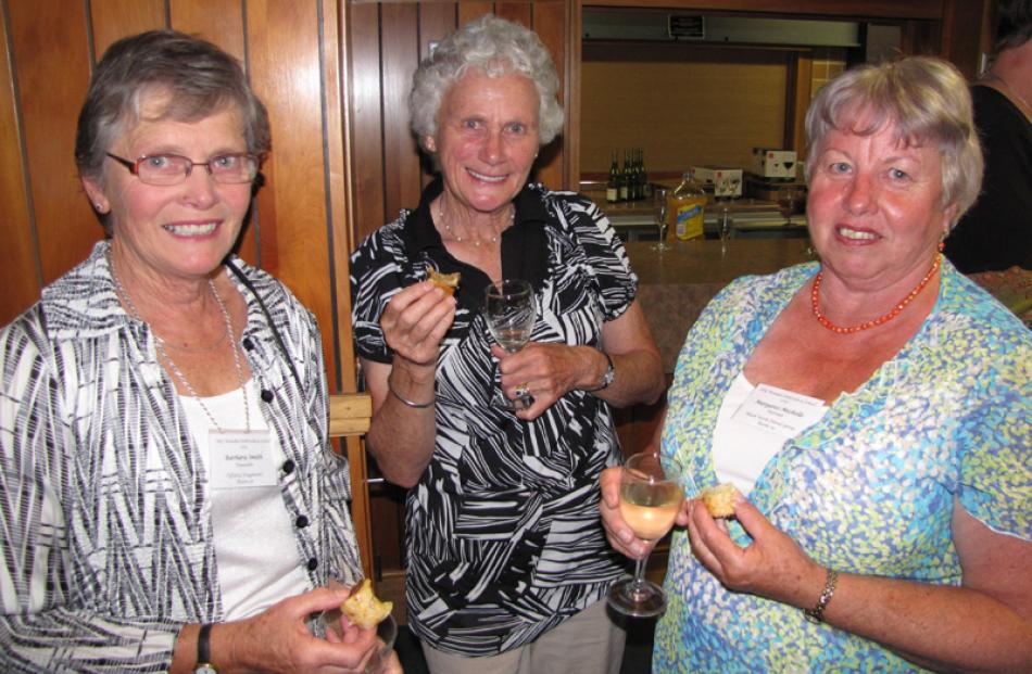 Barbara Smith, Eunice McLeod and Margaret Michelle, all of Dunedin.
