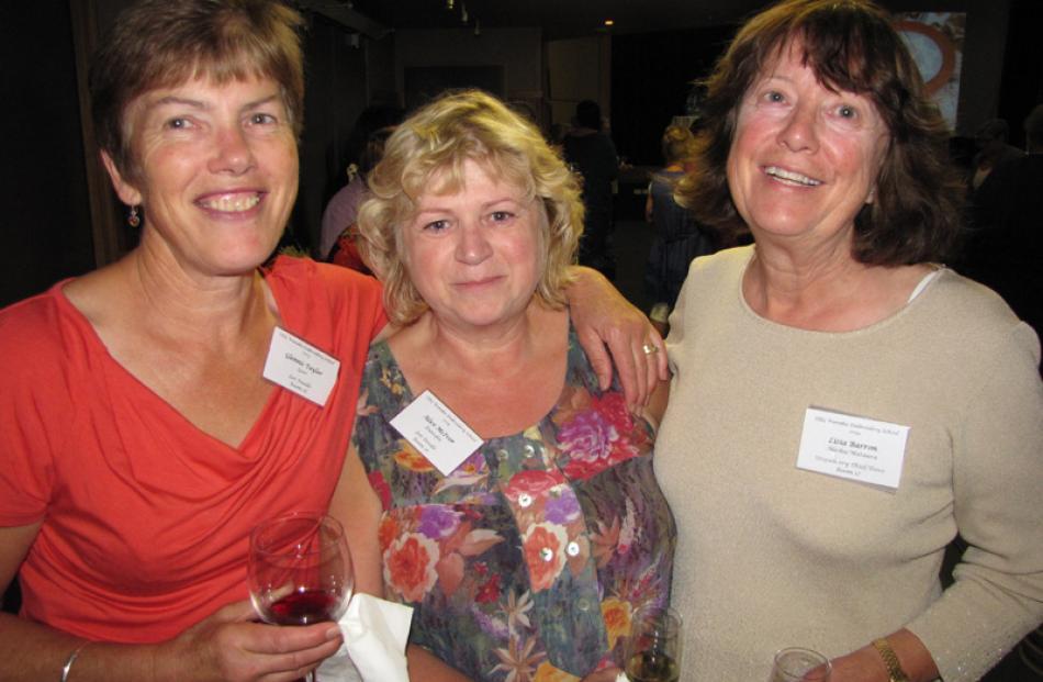 Glennis Taylor of Riversdale, Alice McIvor of Dunedin, and Lisia Barron of Alaska/Mataura.