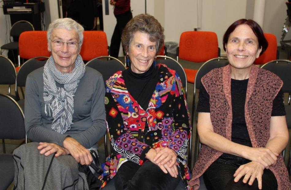 Among those who found Margery's talk 'very interesting' were (from left) Angela Stupples, Tree...