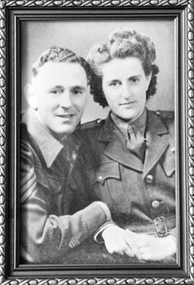 A photograph of World War 2 veteran Gerald  Huntley and his wife, Edna, who served in the Women's...