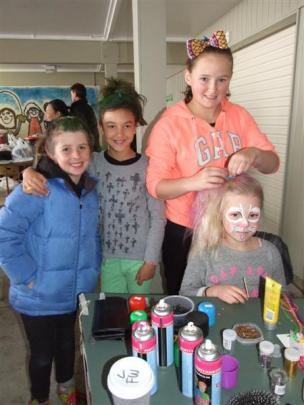 Sophie Thompson (9), Anna Sophia Holtz (9), Lucy Ward (12) and Hazel van Asch (7).