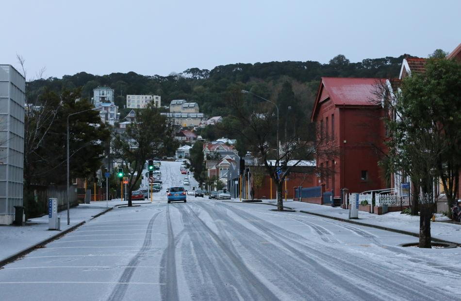 Snow in Dunedin's campus area. Photo by David Xie