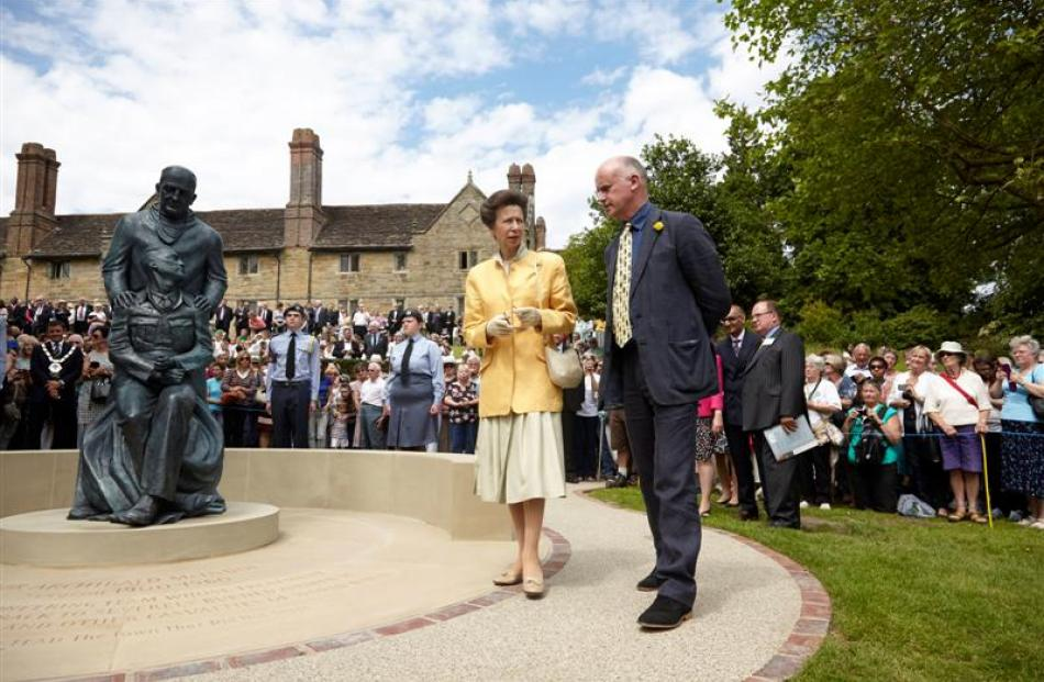 Princess Anne talks to sculptor Martin Jennings at the ceremony.
