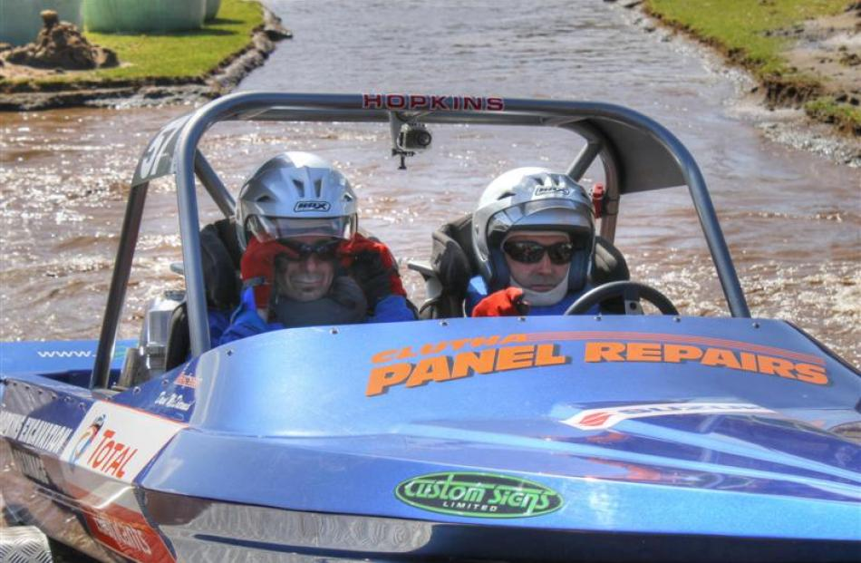 Jetsprint driver Dave Hopkins (right) and  navigator Dave McDermit race at Mount Maunganui in...