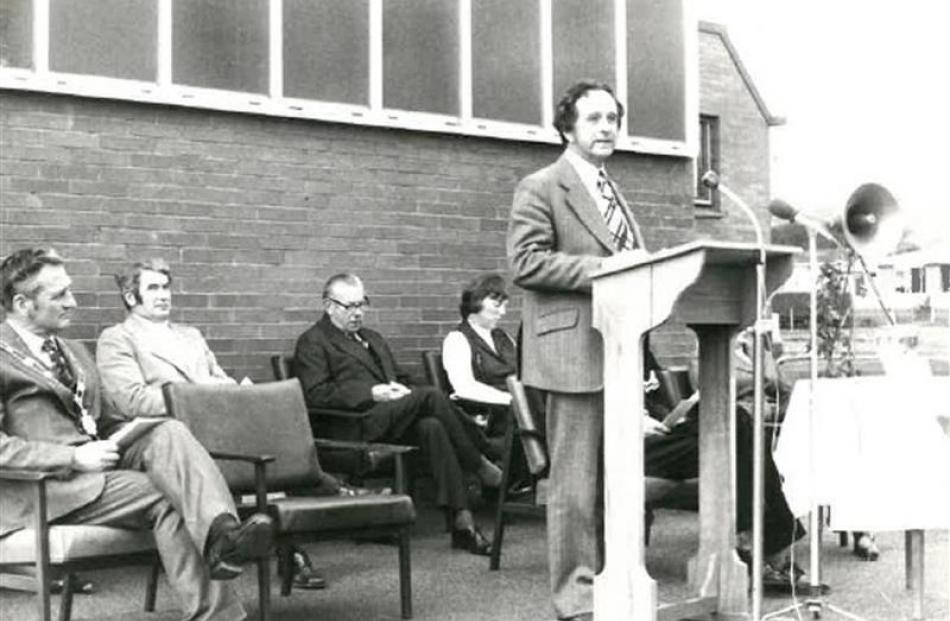 Then health minister Bob Tizard opens the centre in 1974, flanked by dignitaries and staff....