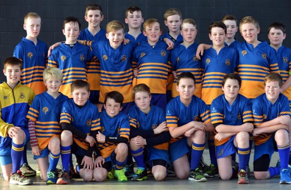 The Taieri Blue under-12s before their final.