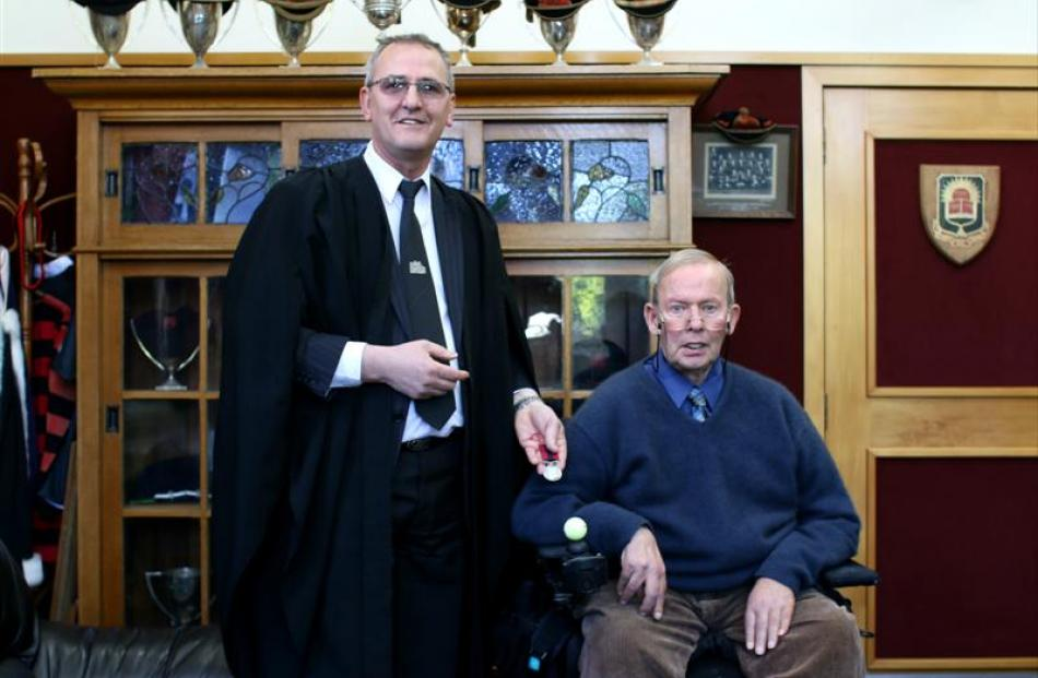 Mr Jackson receives Lance-Corporal Alfred John Randall's Distinguished Conduct Medal from Oamaru...