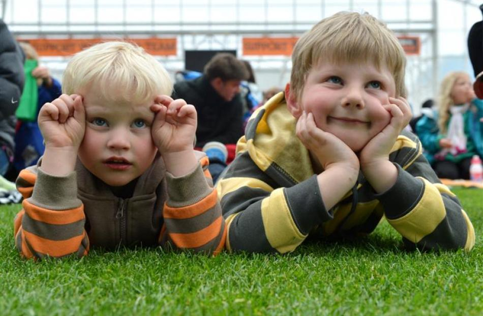Brothers Issac Casey (3) (left) and Aiden Davidson (5), both of Dunedin, establish their front...