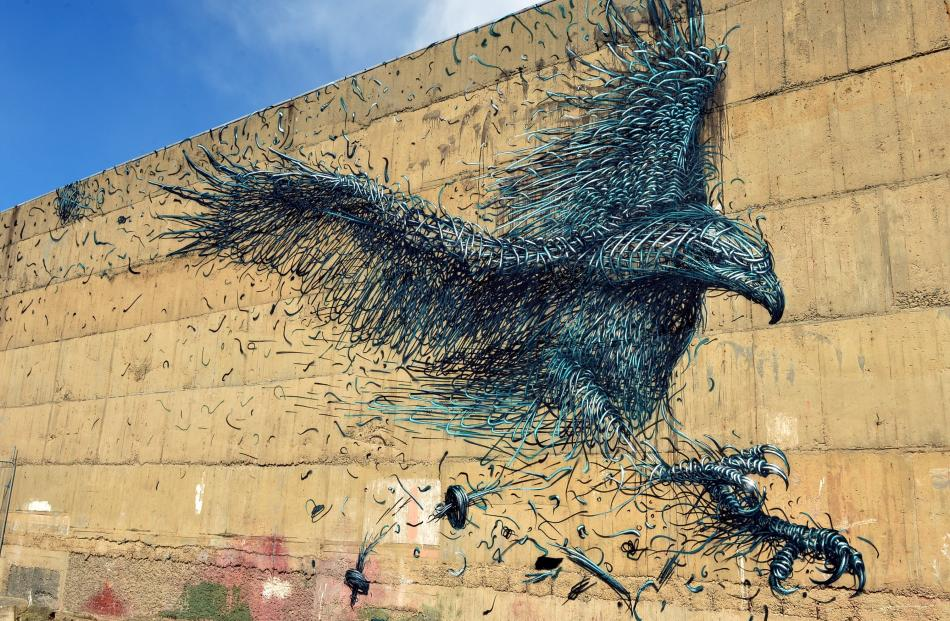 The Haast Eagle by DALeast in Stafford St. Photo by Stephen Jaquiery.