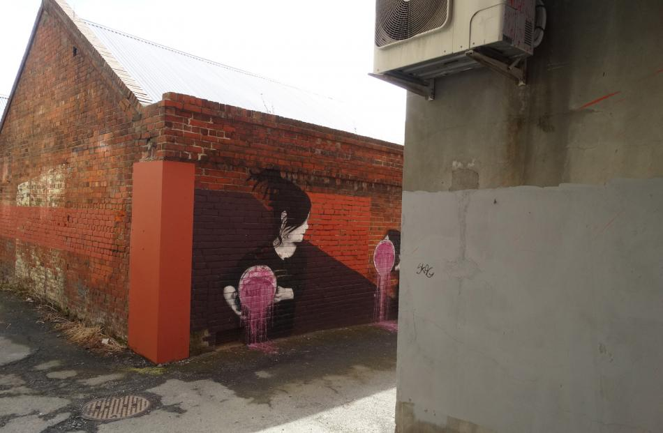The Sean Duffell mural in Jetty St. Photo by Gerard O'Brien.