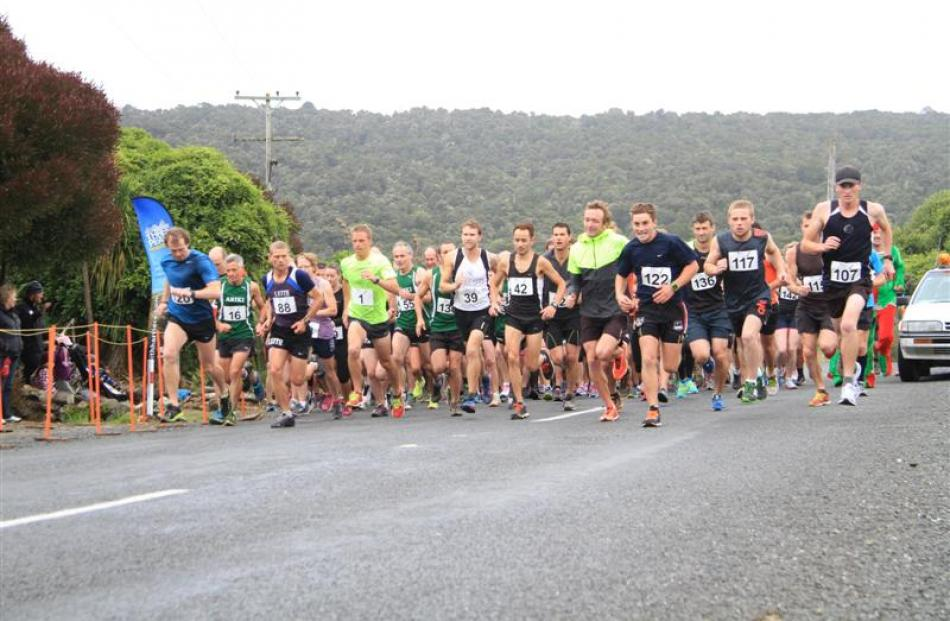 Participants in the Papatowai Challenge start out on the 15.5km event. Photos by Hamish MacLean.