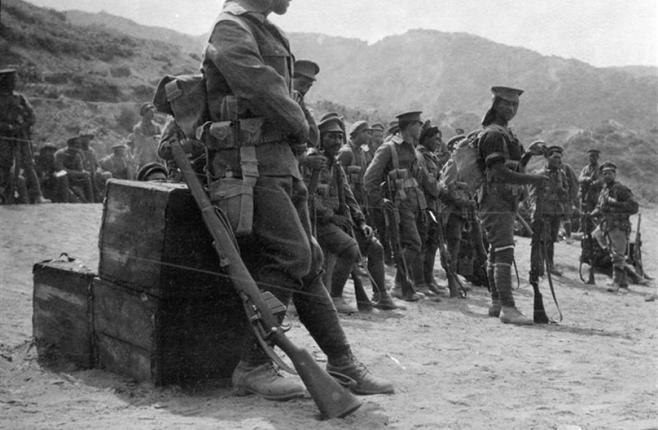 Maori of the Native Contingent or Pioneer Battalion were also present at Gallipoli and were...